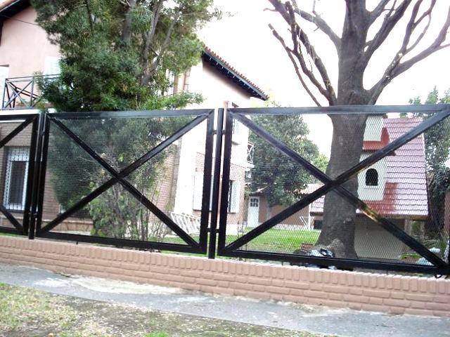 Fabrica de Rejas para Ventanas, Balcones y Frentes