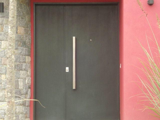 Puertas puertas de herreria puertas ventanas tattoo for Disenos de puertas de hierro