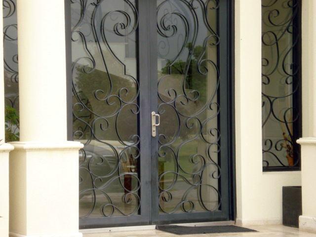 Puertas a medida trabajos a medida ventanas a medida for Fabrica de puertas en villacanas