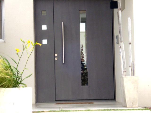 Puertas a medida trabajos a medida ventanas a medida for Puertas de hierro para casas modernas